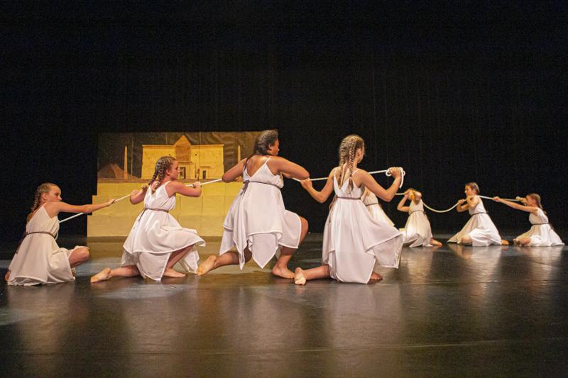 spectacle danse ellzidanse theatre saintes charente maritime (17)
