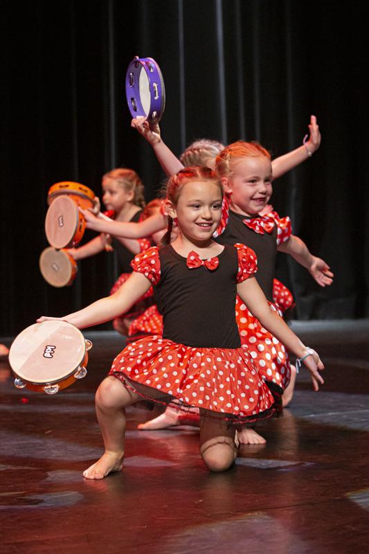 spectacle danse ellzidanse theatre saintes charente maritime (2)