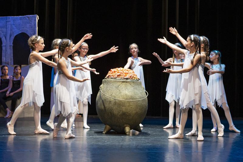 spectacle danse ellzidanse theatre saintes charente maritime (21)