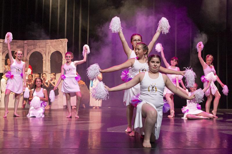 spectacle danse ellzidanse theatre saintes charente maritime (22)