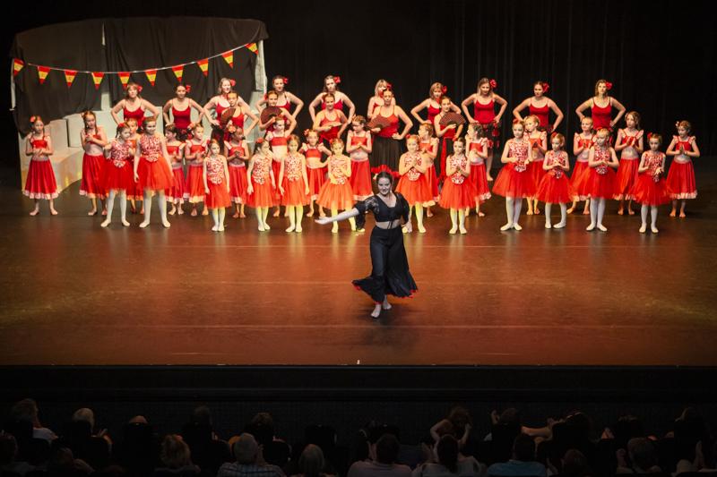 spectacle danse ellzidanse theatre saintes charente maritime (35)