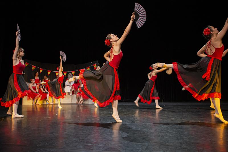spectacle danse ellzidanse theatre saintes charente maritime (4)