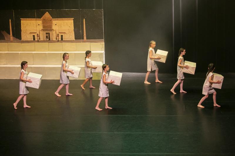 spectacle danse ellzidanse theatre saintes charente maritime (44)