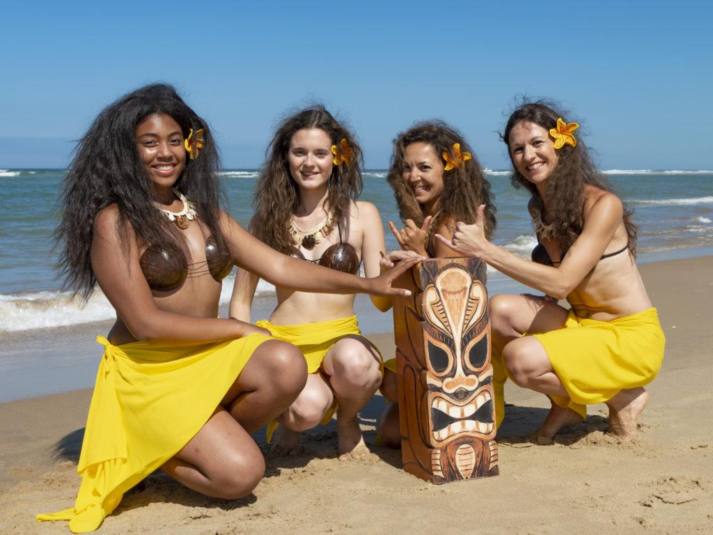 Cours de danse tahitienne à Saintes