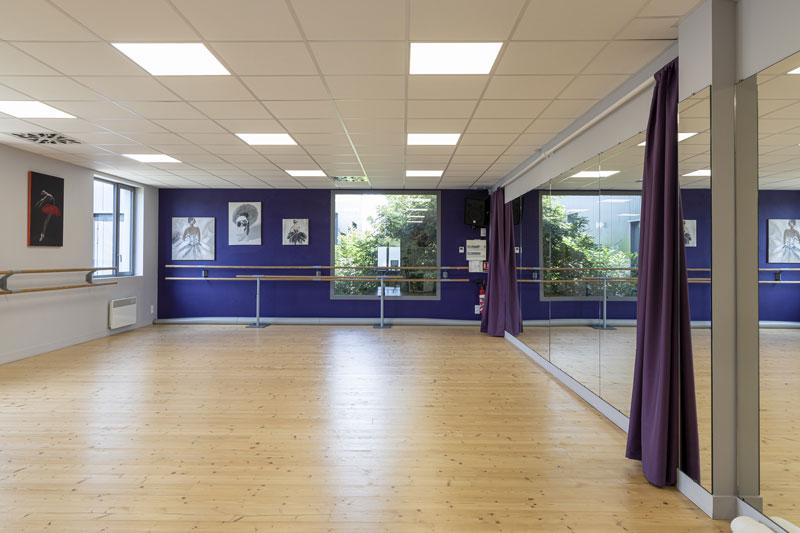 Ecole Ell'Zi Danse Saintes - salle de danse