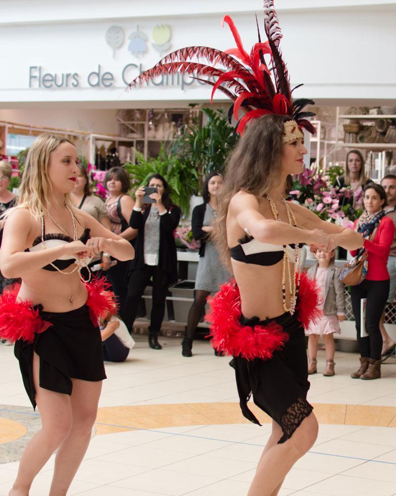 danse-tahitienne-leclerc-saintes-(18)